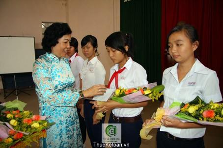 C.Lê Thị Mỹ Lệ P.Chủ tịch LĐLĐ tỉnh Đồng Nai