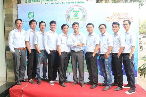 Nam Luật Việt Á