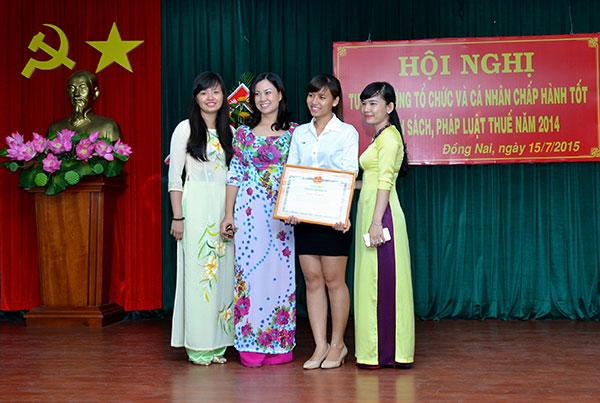 Luật Việt Á được Cục Thuế tuyên dương thực hiện tốt chính sách Thuế năm 2014 - Hình 2