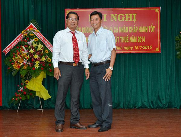 Luật Việt Á được Cục Thuế tuyên dương thực hiện tốt chính sách Thuế năm 2014 - Hình 1