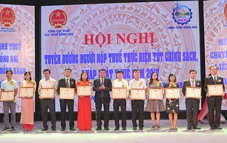 dong-nai-tuyen-duong-203-to-chuc-ca-nhan-hoan-thanh-tot-nghia-vu-thue-hinh-1